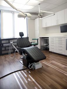 De behandelkamer van Implantaat Centrum Eindhoven